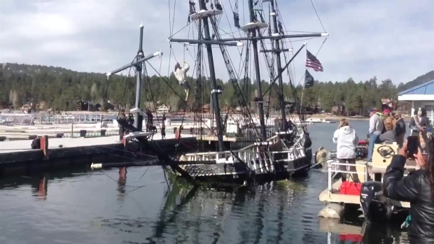 [LA] Big Bear Pirate Ship Righted After Nearly Two Weeks Underwater
