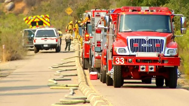 [DGO] Fire Burns in Mission Trails Park