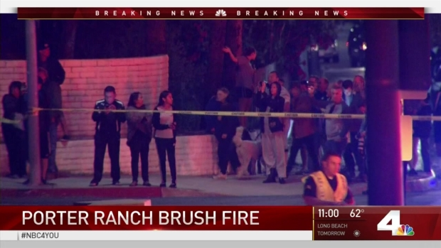 [LA] Brush Fire Burns in Porter Ranch