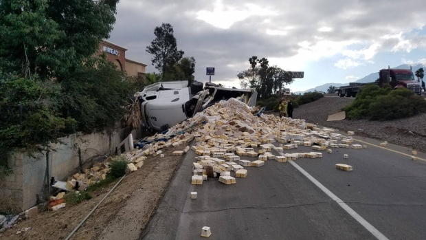 [LA GALLERY] Booze, Honey, Milk and Other Unfortunate Big Rig Spills on Southern California Freeways