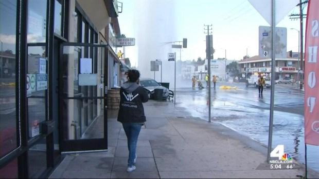 [LA] Car Plows Into Hydrant