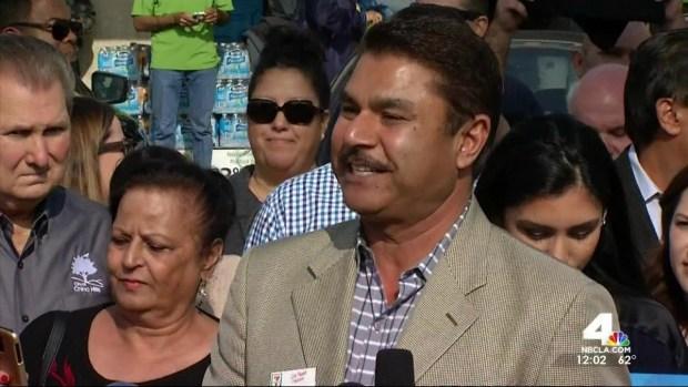 [LA] Chino Hills Store Owner Presented With Powerball Bonus Check