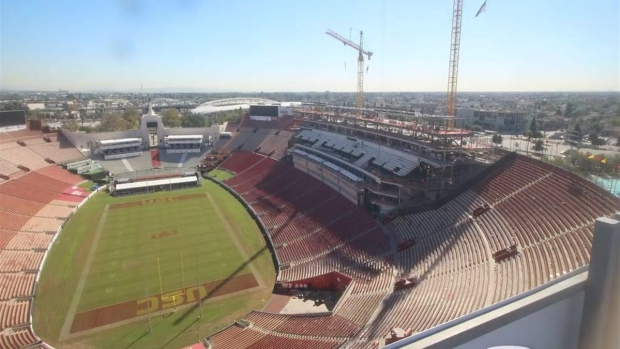 [LA] Timelapse Video: Two Years of Renovations at the LA Memorial Coliseum Construction