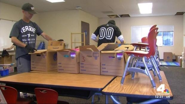 [LA] Crews Rush to Open New School for Porter Ranch Children