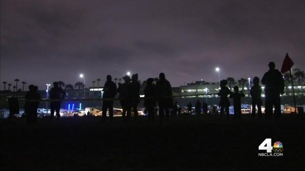 [LA] Dead Whale Washes Ashore in SoCal