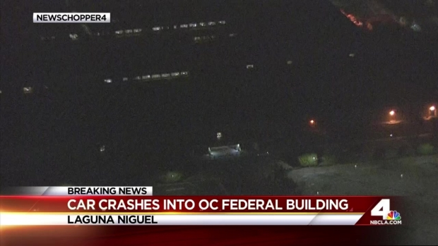 [LA] Disgruntled Man Rams Federal Building