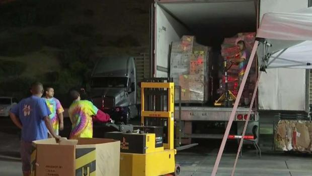 [LA] Trader Joe's Employees Return to Work in Silver Lake