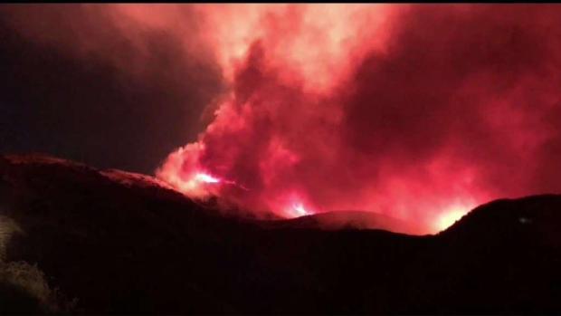[LA] Evacuations Lifted for Saddleridge Fire