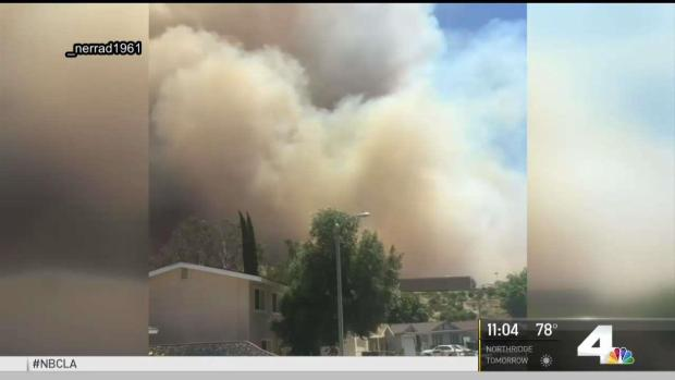 [NATL-LA] Explosive Wildfire Scorches 870 Acres in Santa Clarita