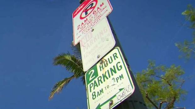 [LA] Faded Parking Signs Leaving Drivers With Fines