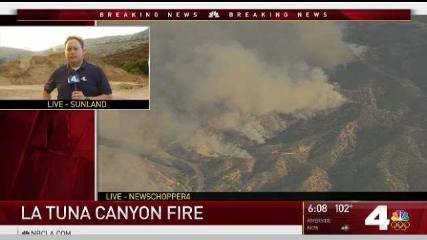 [LA] Fire Rages in San Fernando Valley Hills
