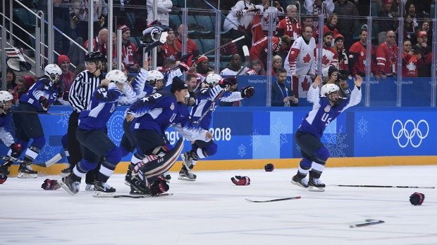 [NATL] Feb. 22 Olympics Highlights in Photos: US Dominates in Women's Hockey, Men's Halfpipe