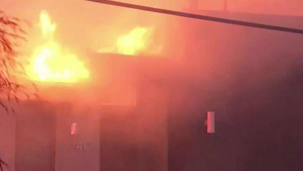 [LA] Getty Fire Spreads Into Hillside Neighborhood