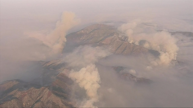 [LA] Watch: Layer of Holy Fire Smoke Settles Over Southern California