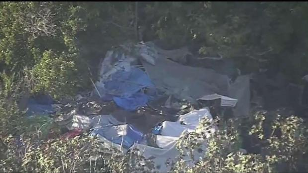 [LA] Homeless Encampment Stretches 1.5 Miles in Lake Balboa