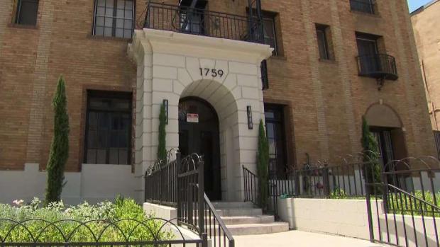 [LA] Jurors in 'Hollywood Ripper' Trial Taken to Crime Scenes
