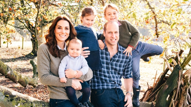 Royal Family Photos: Royal Family Christmas Card