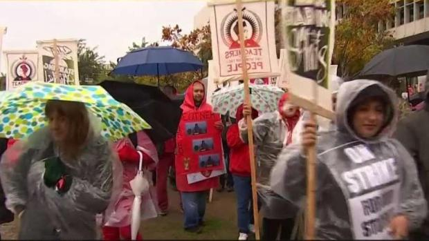 LA Teachers Strike for First Time in 30 Years