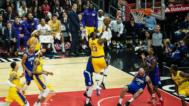 PHOTOS: Lakers Face Clippers as LeBron James Returns
