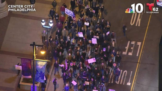 [NATL PHI] Mueller Investigation Supporters March Through Center City