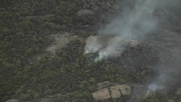 [LA] Watch: Woolsey Fire Flares Up Near Malibu Springs