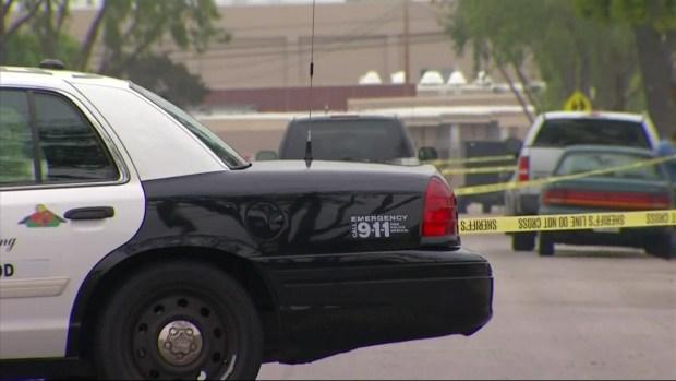 [LA] Man Strangled at Lakewood Home
