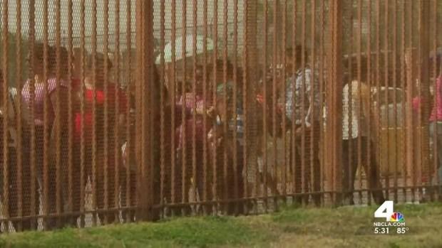 [LA] Protesters Stand Guard at Murrieta Border Patrol Station