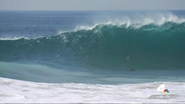 """[LA] 2 Rescues in 1 Day at Newport Beach's """"Wedge"""""""