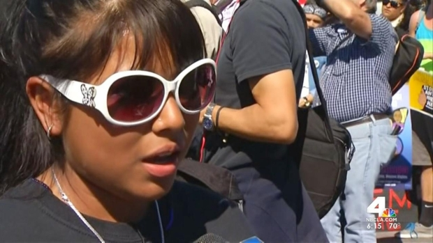 [LA] Protesters Picket Deportations