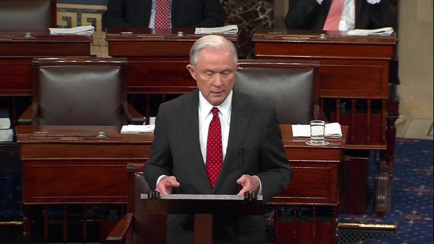 [NATL] Jeff Sessions Resigns From Senate