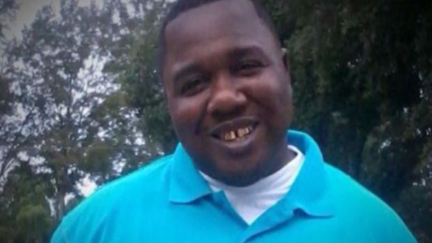 Outcry Follows Alton Sterling's Killing by Police
