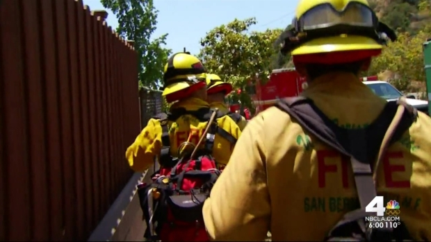[LA] Neighbors Come Together to Save Homes in Fish Fire