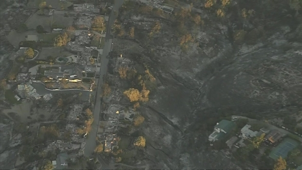 [LA] Woolsey Fire: Aerial Video Shows Destruction in Point Dume