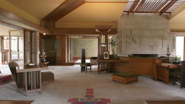 [Cozi] Hollyhock House: Frank Lloyd Wright's First LA Project