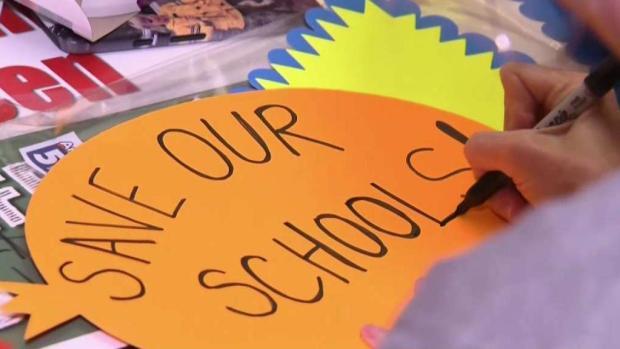 [LA] Parents Prepare for LAUSD Teacher Strike
