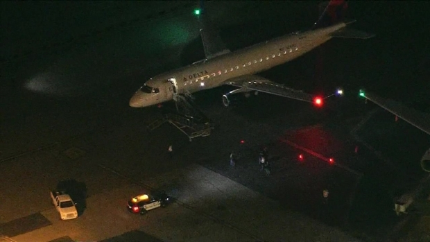 [LA] Planes Clip Wings at Hollywood Burbank Airport