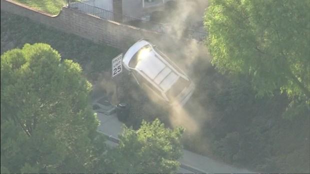 [LA] Police Pursuit in Castaic Ends in Crash