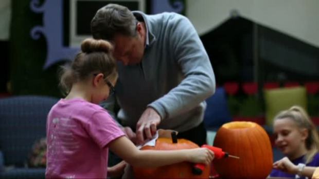 [NATL] Safe Pumpkin Carving Techniques for Halloween Weekend