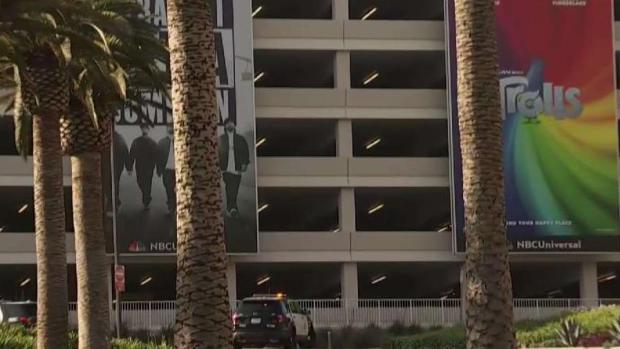 [LA] Pursuit Driver Runs Into Universal CityWalk