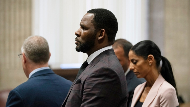 R. Kelly Expected to Appear for Court Hearing Tuesday