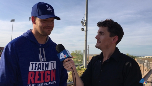 [LA] Discover Your Dodgers Rich Hill (Short)