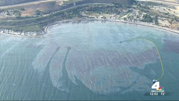[LA] Oil Slick Extends to 9 Miles of Coastline
