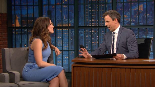 [NATL] 'Late Night': Sophia Bush Took a Life-Long Cubs Fan to the World Series
