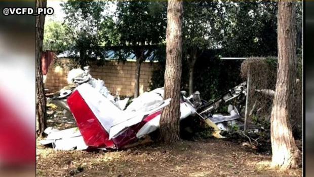 [LA] Small Plane Crashes in Santa Paula, Killing 2