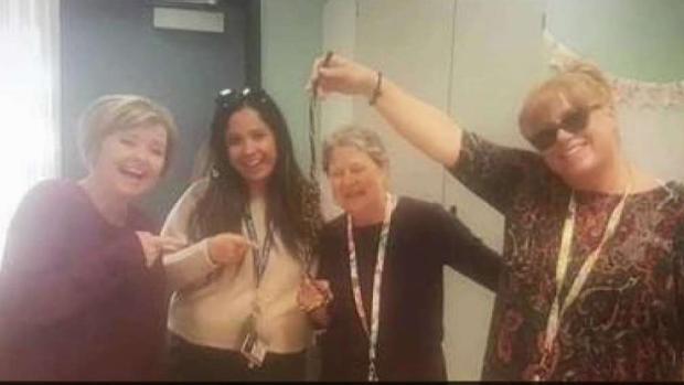 [LA] School Faces Backlash for Staff Posing With Noose in Photo