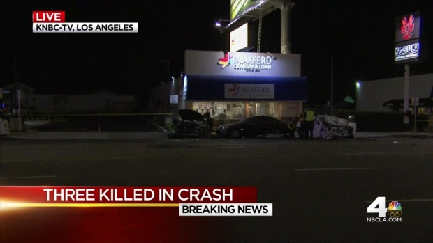 [LA] Three Killed in Fiery Woodland Hills Crash