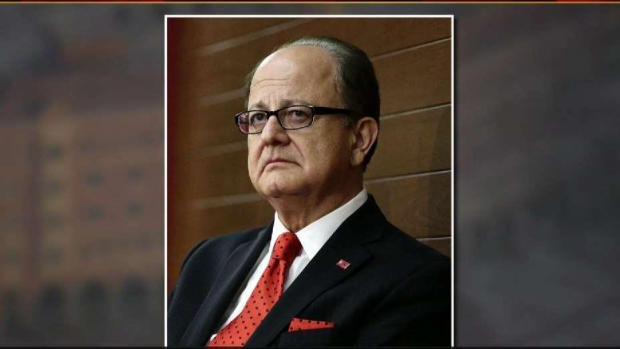 [LA] USC President Max Nikias Steps Down