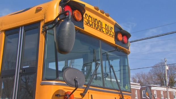 [DGO] Mom Outraged Son Left in Hot Bus