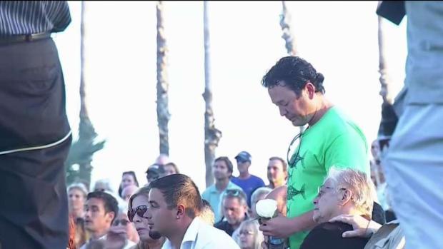 [LA] Vigil Held for 34 Victims of Scuba Boat Tragedy