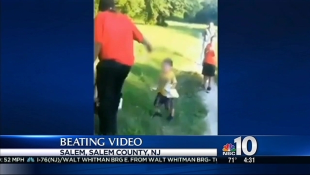[PHI] Caught on Video: McDonald's Employee Violently Beats Mother